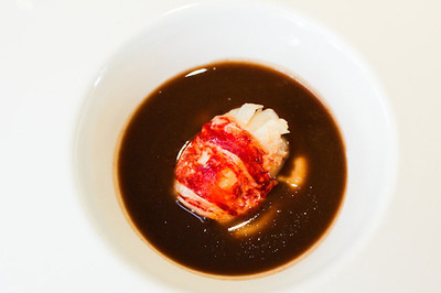 3 hr lunch at @TomeuCaldentey 's Es Molí de'n Bou - Michelin star resto at @Proturbiomar incl lobster in a duck sauce with chocolate.