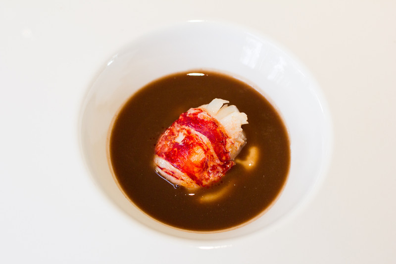es moli lobster in chocolate sauce