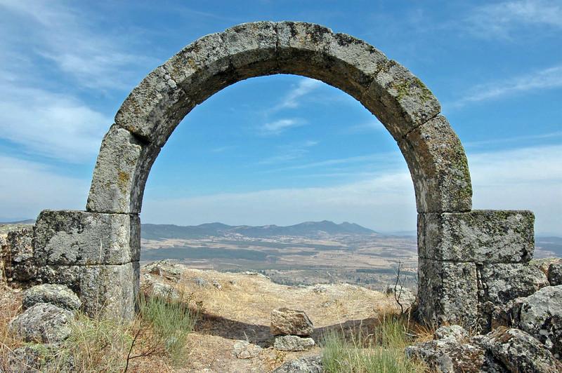 Roman Arch, Monsanto, Portugal