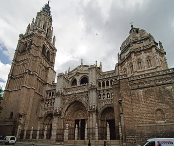 The Catedral de Toledo was built between 1226 and 1493 and modeled after the Bourges Cahtedral in Fance.  It is considered one of THE examples of Gothic architecture, but is also includes some moorish influence.