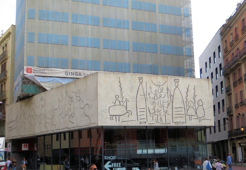Picasso's facade