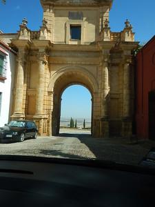 Carmona gate