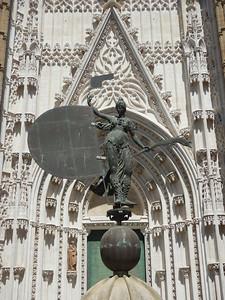 Giralda weathervane at Prince's Door
