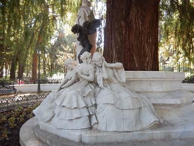 Glorieta de Becquer monument - illusioned love, possessed love & lost love