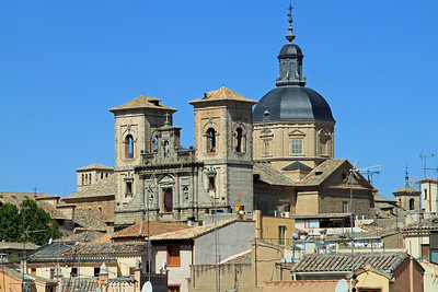 Toledo - Iglesia de los Jesuitas, viewed across the rooftops and TV antennas.