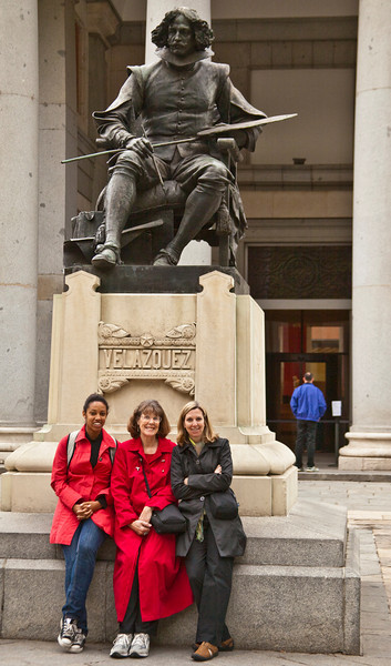Our visit to Spain began with a weekend in Madrid. Here we have  Bridgette (Mary's granddaughter), Mary, and Carol  (Mary's daughter) in front of the Prado Museum.