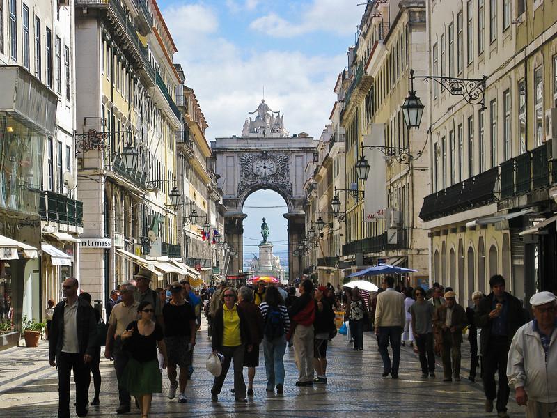 Downtown Lisbon pedestrian walk; Rua Augusta