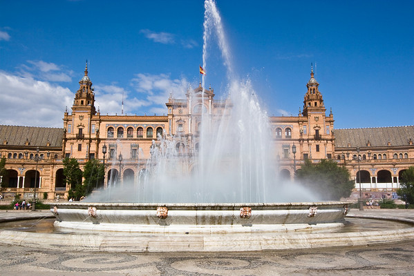 Plaza de Espana Fountain