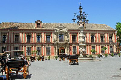 Palacio Arzobispal, the 18th century Archbishop's Palace outside the cathedral, and Plaza Virgen de los Reyes.