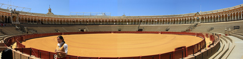 Plaza de Toros de la Maestranza, Sevilles historic bullring holds up to 14,000 spectators.