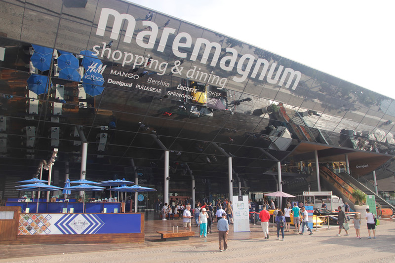Maremagnum shopping centre Port Vell Barcelona Spain