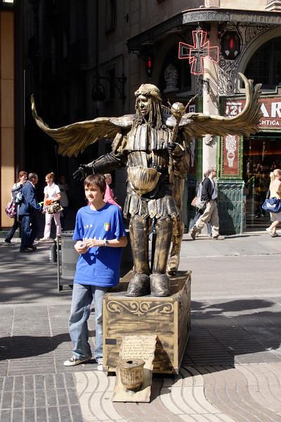 Human statue at La Rambla Barcelona