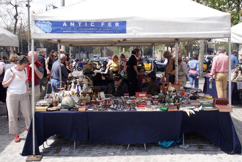 Antiques fair at the waterfront Barcelona