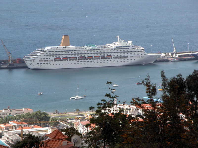P and O liner Oriana docked at Funchal harbour Madeira