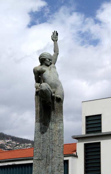 Independence Memorial statue Funchal Madeira