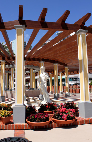 Statue and columns at Royal Savoy Hotel Funchal Madeira