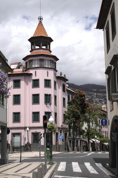 Rua do Aljube towards Rua do Carmo Funchal