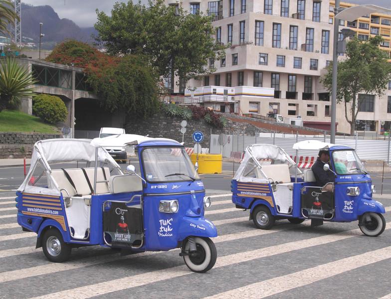 Tricycle taxis Avenida Sa Carneiro Funchal Madeira