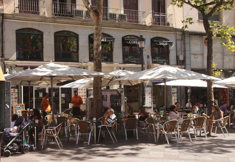 Priorite Art Coffee Shop Calle Montera Madrid Spain