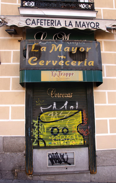 Cervecería La Mayor Bar Calle Mayor Madrid Spain