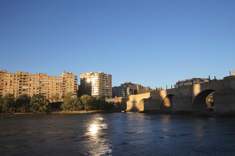 Puente de Piedra Stone Bridge over Ebro River Zaragoza Spain
