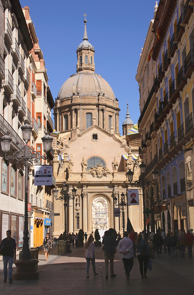 Calle de Alfonso I shopping street in old city centre Zaragoza Spain