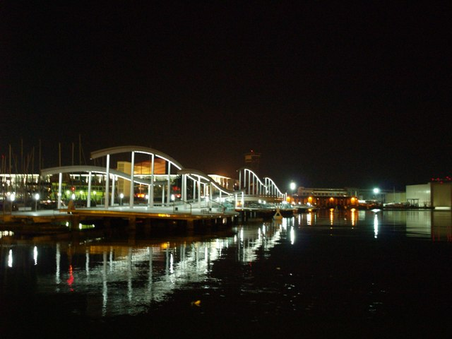 Puerto de Barcelona de noche (Barcelona)