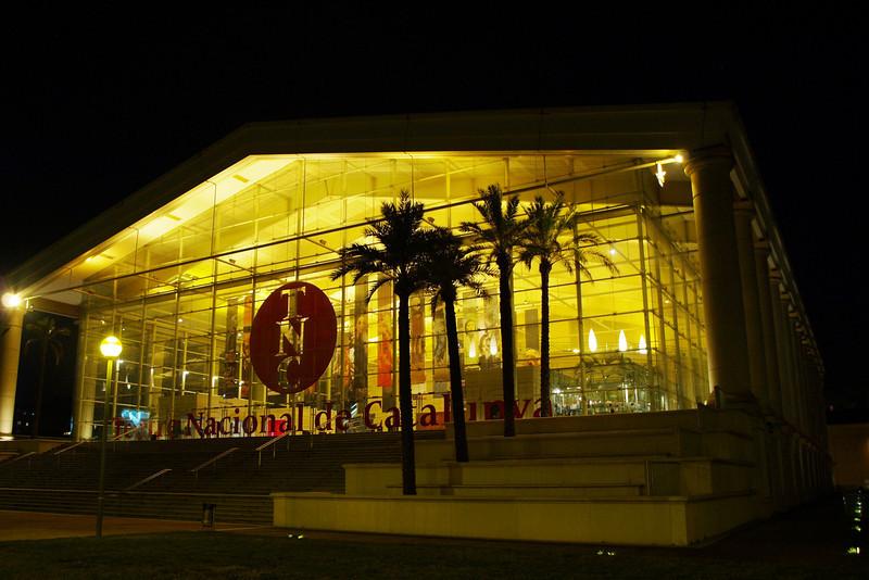 El Teatre Nacional de Catalunya fue aceptado y aprobado por el gobierno de la Generalitat de Catalunya en 1988 y encargado al arquitecto Ricardo Bofill. La inauguración oficial del Teatre Nacional de Catalunya, el 11 de septiembre de 1997 con L'auca del senyor Esteve.