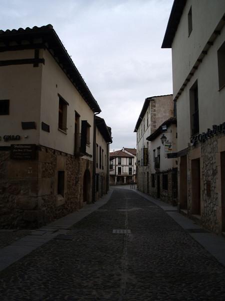 Calles empedradas de Covarrubias
