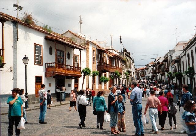 Domingo por la mañana en un pueblo de Gran Canaria