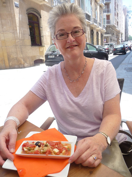 Me with a nice salad at a pleasant cafe in Cartagena