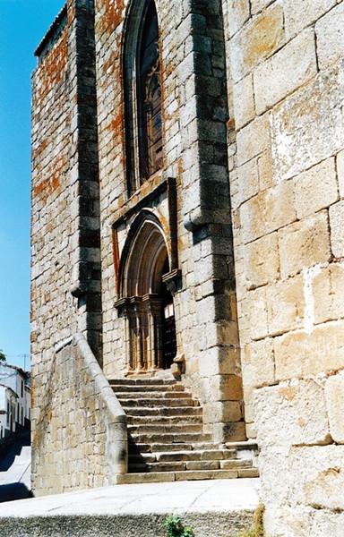 Entrada de la Iglesia de Santamaria la Mayor Trujillo