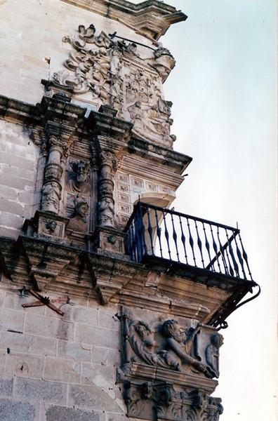 Esquina en una pared de Trujillo