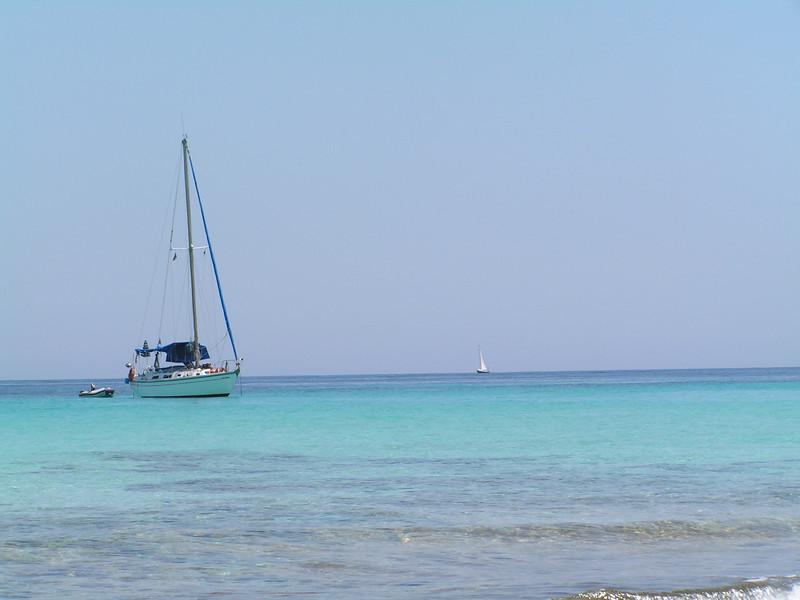 Barcos en las playas de Formentera