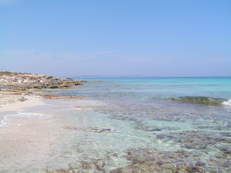 Playa junto a Mas Pujol