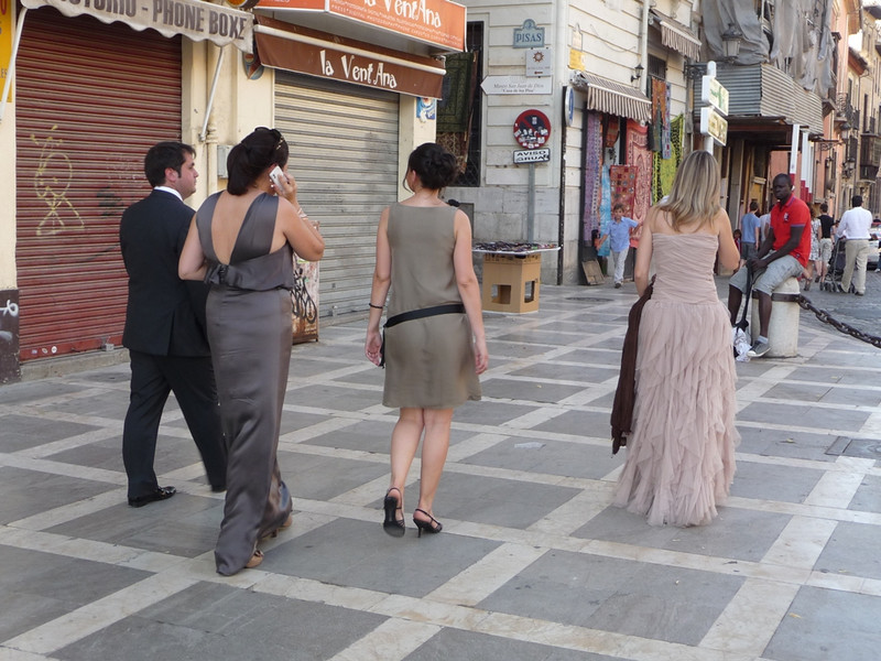 On our first night in Granada, which was a Saturday, we saw a lot of very fancily dressed people who had apparently just been to a wedding.