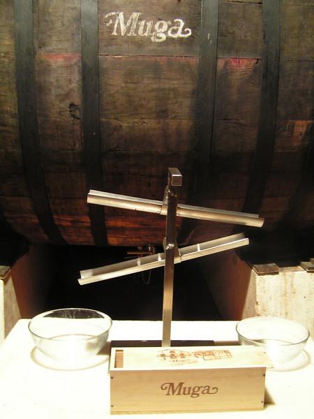 En las Bodegas MUGA de Haro, decantador para separar la yema de la clara del huevo, que se utiliza en el procesado del vino.