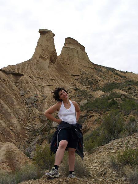 Marie tomándose la excursión con alegría