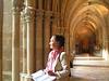 Marie Helene en el claustro de la Abadia de la Veruela