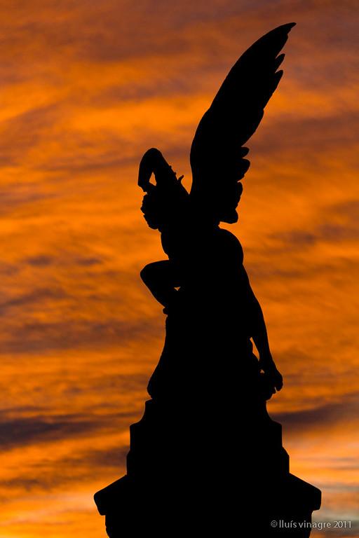 el ángel caido, parque del retiro, madrid