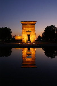 Dusk at the Temple Debod, Madrid