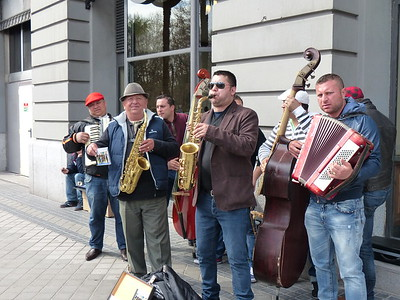 Roving Music  - Madrid