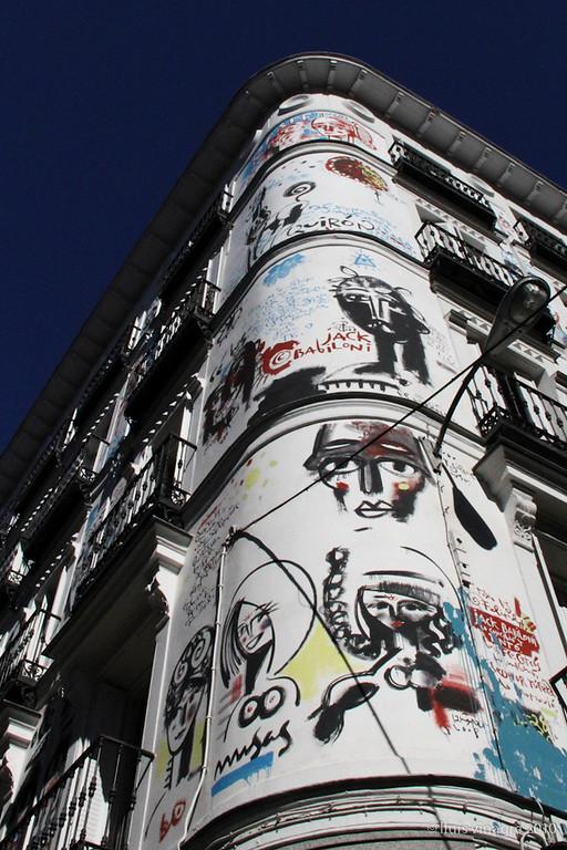fachada babiloni, c/ orellana & c/ campoamor, madrid