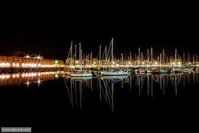 Night at the port  The Port Vell of Barcelona at night