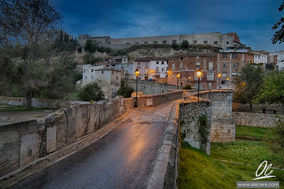 Wait for your turn, it is a narrow bridge - Pont Vell (Old Bridge) in Ontinyent, Spain