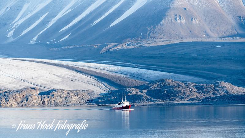 Glacier Von Post Tempelfjord