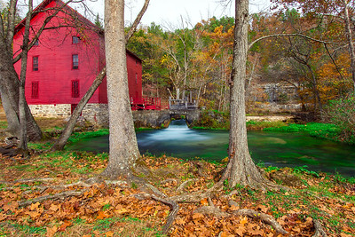 Autumn at Alley Spring