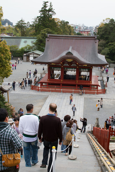 I love how, at a centuries old temple, you can look just over the trees and see a bustling modern Japanese city.  There's a lot of new/old dichotomy in Japan.