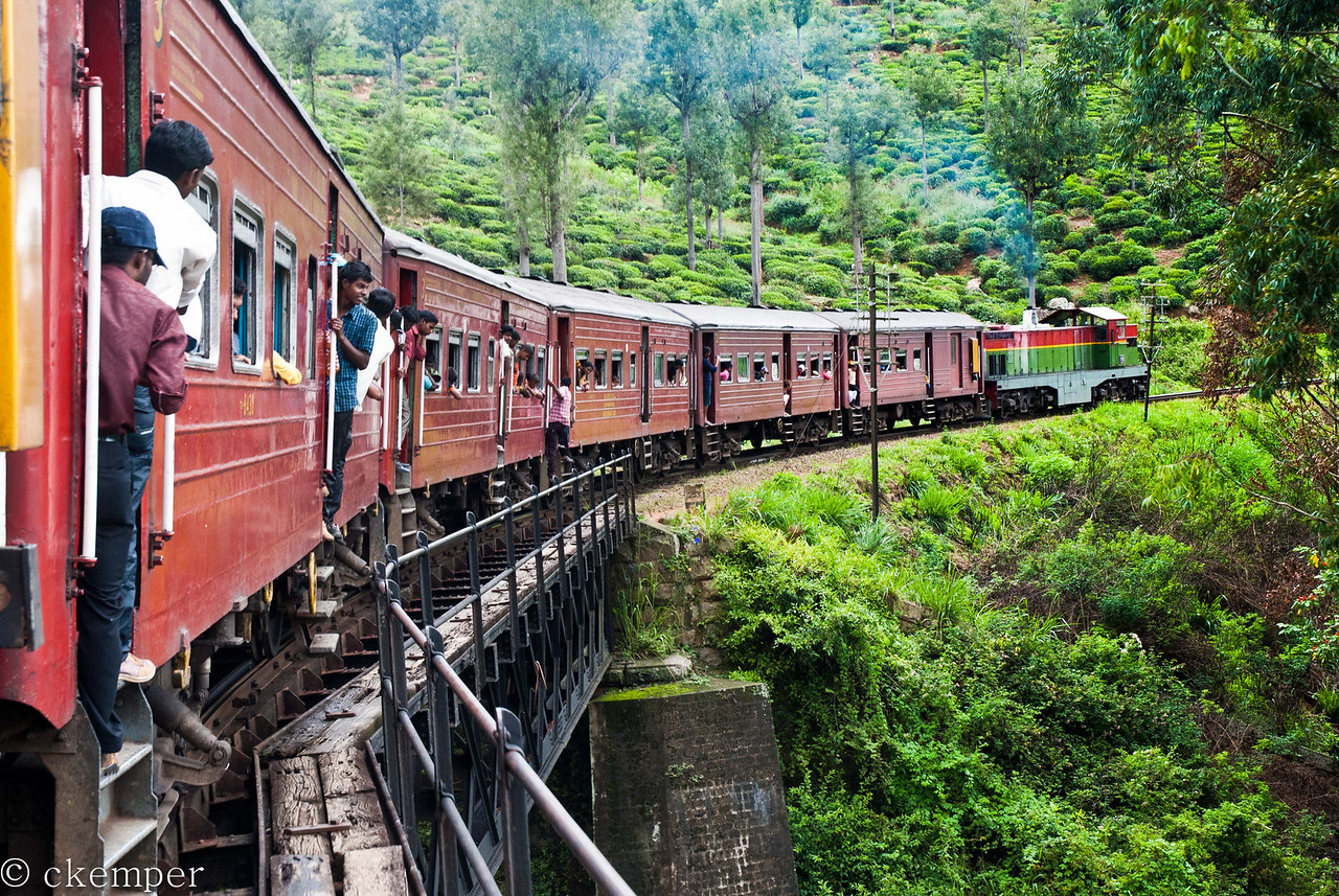 Across the river<br /> Train from Ella to Colombo, Sri Lanka