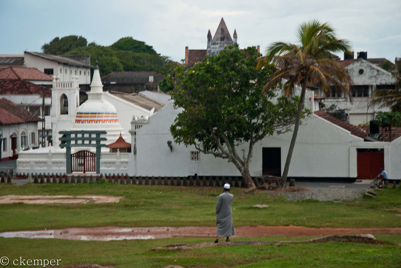 Buddhist, Islam, Christian<br /> Sri Lanka
